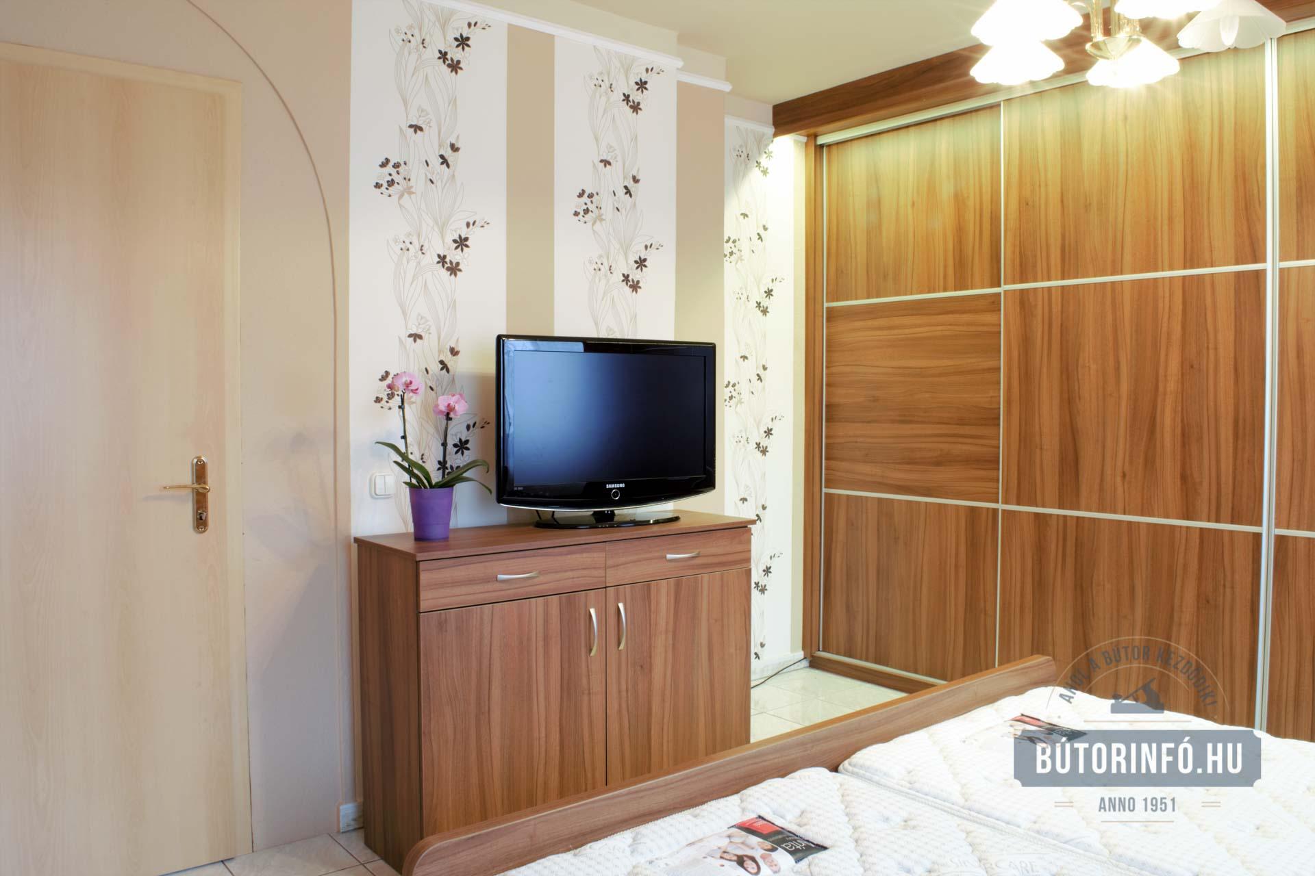 Hállószoba bútor, ágy, gardrób