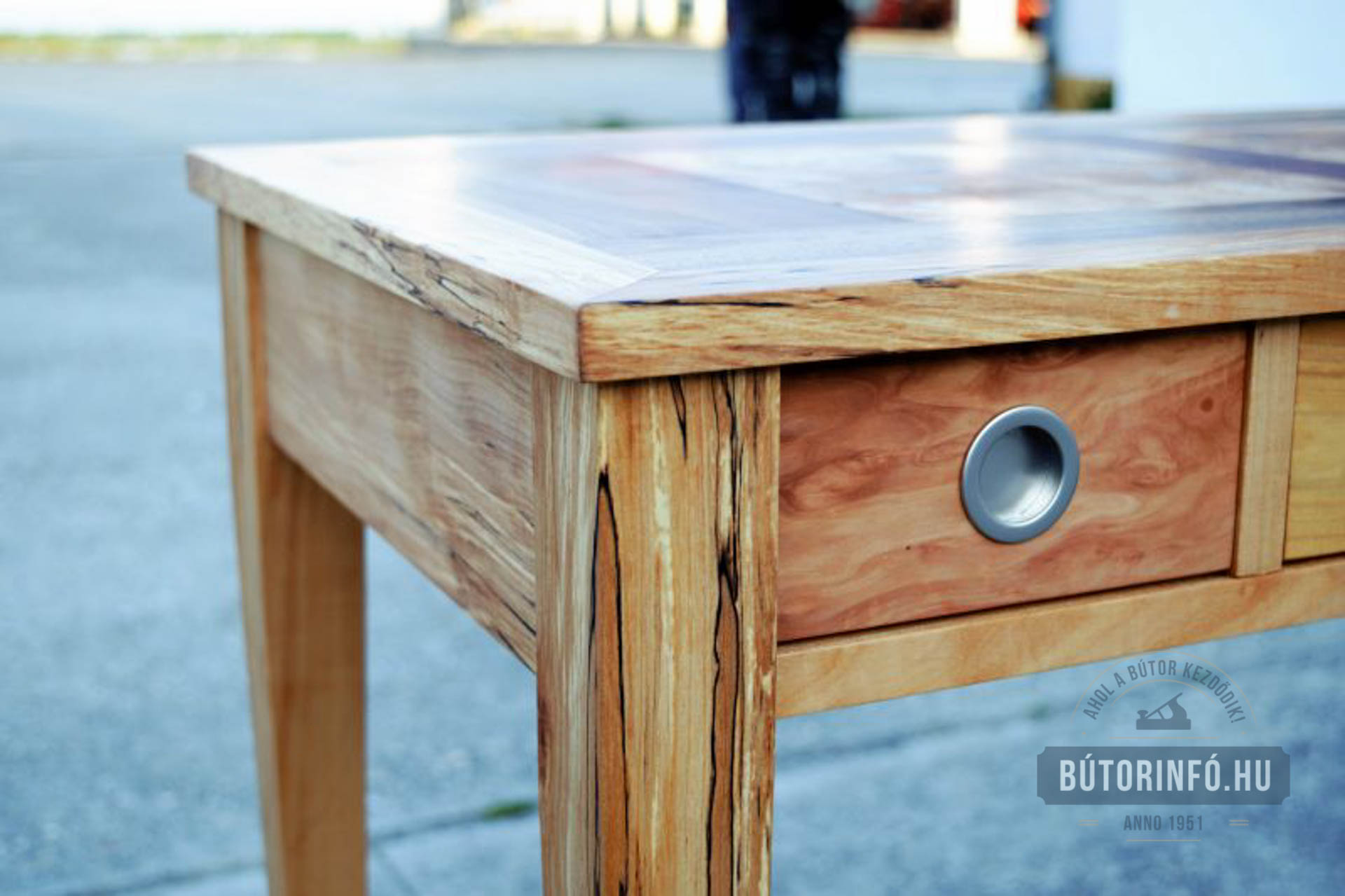 Tömörfa asztal 2016 4