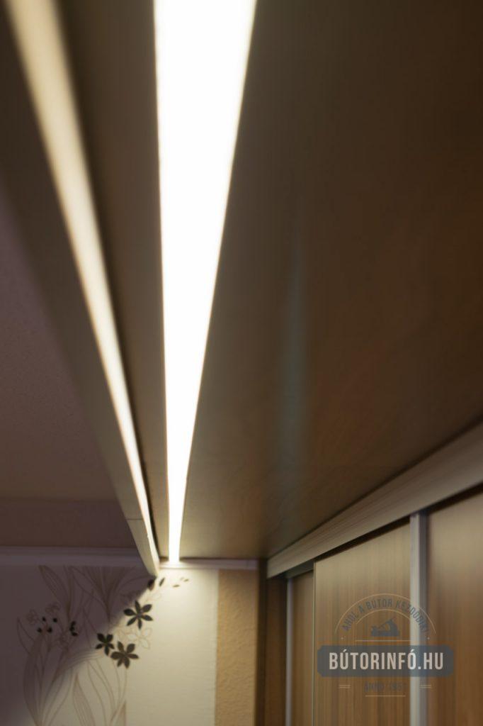 Gardróbszekrény világítás LED